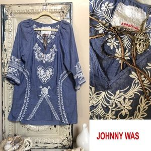 Johnny Was Workshop embroidered chambray tunic top